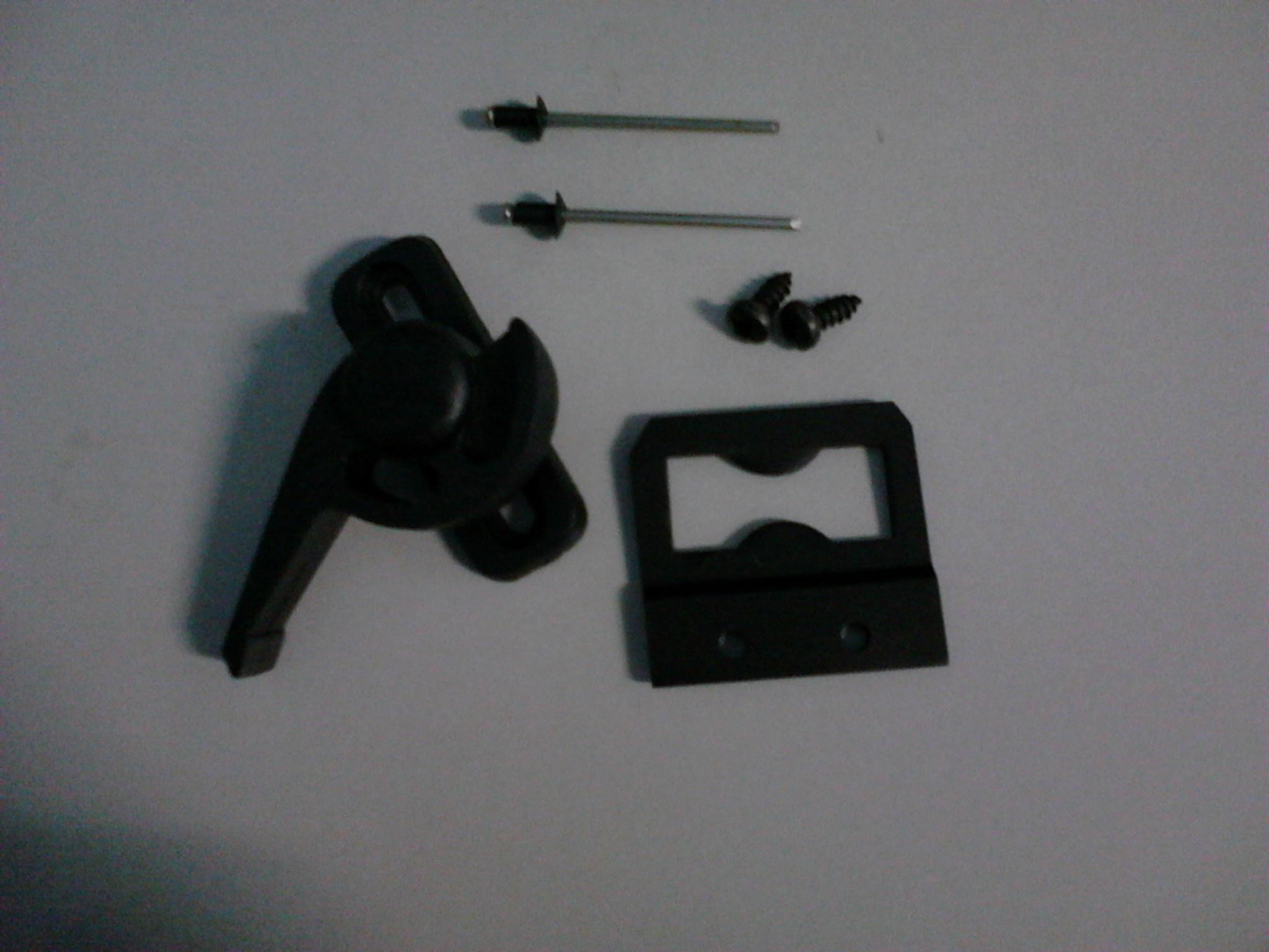 #171C1B  de maxin ar fecho de maxin ar fecho retrátil fecho central e 4088 Fecho Japones Janela De Aluminio